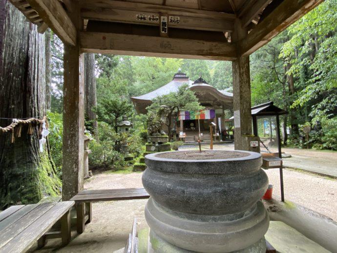 三佛寺の香楼堂
