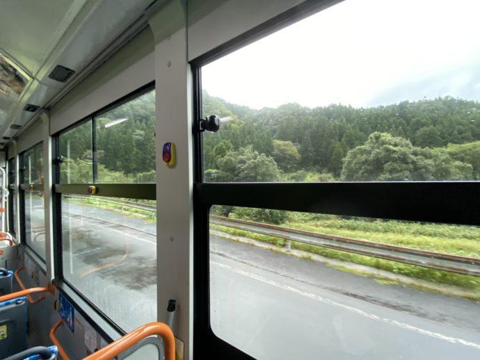 日の丸バス車内