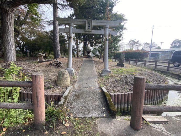 宗像神社と弁天池