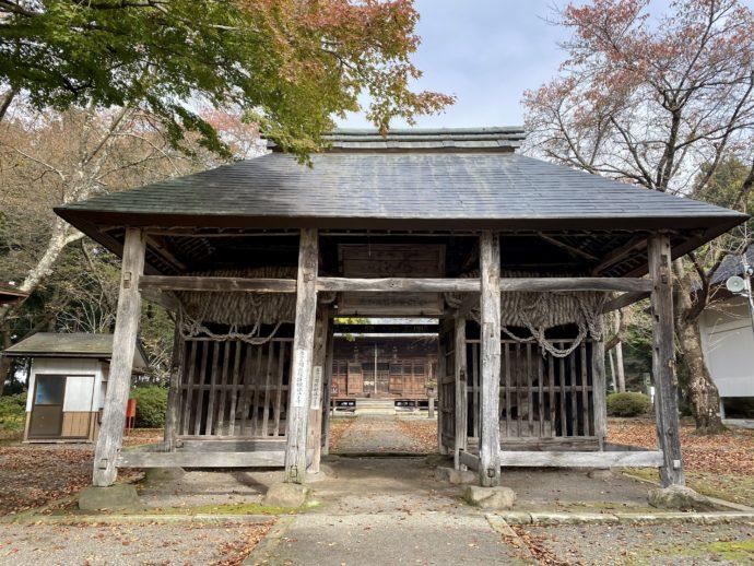 勝常寺の仁王門