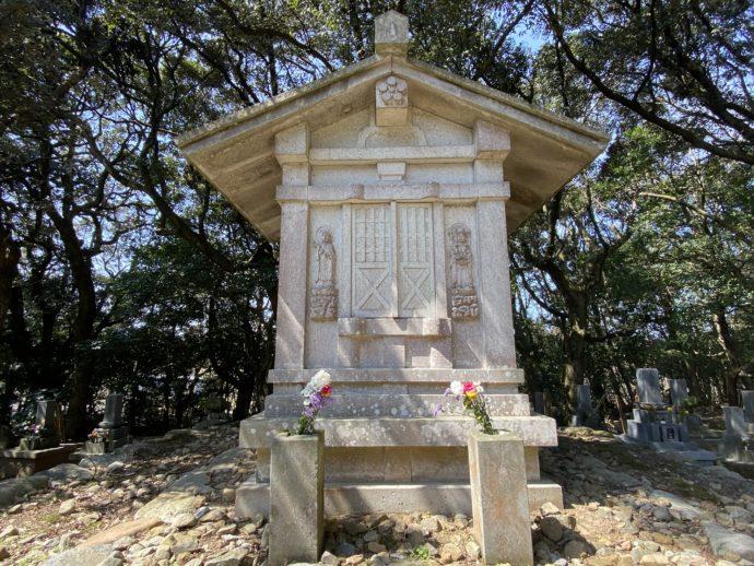 寿福院の墓