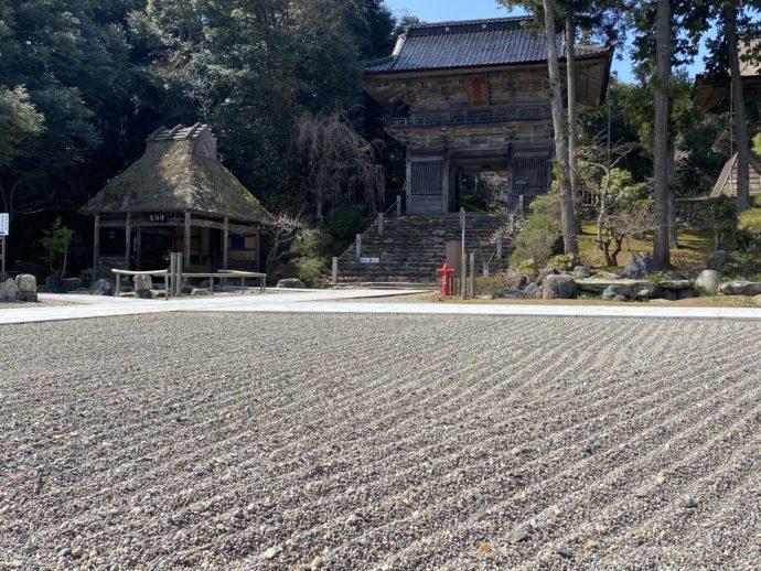 妙成寺の石庭