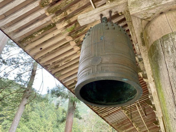 横蔵寺の本堂の梵鐘