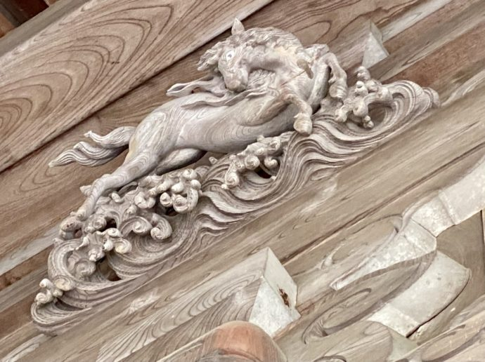 瑞泉寺太子堂の井波彫刻