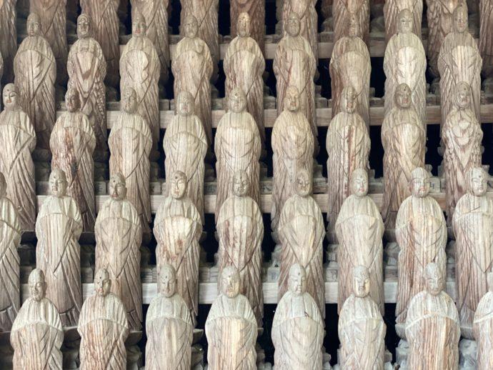 長勝寺の仏像群